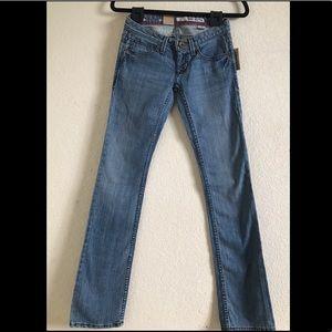 DKNY NWT Jeans